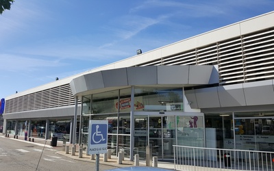 CARREFOUR LOCATION CAHORS