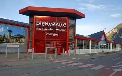 CARREFOUR LOCATION FAVERGES